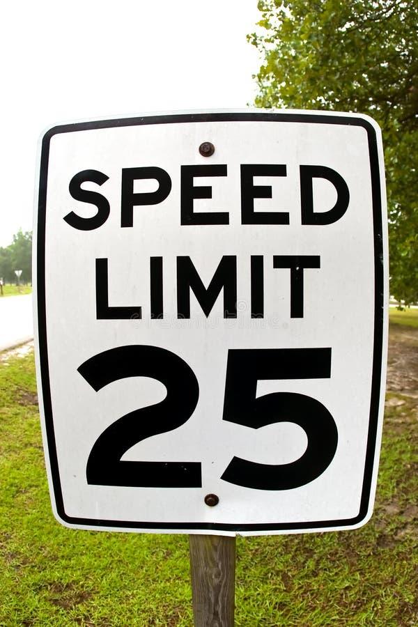 Höchstgeschwindigkeit 25 stockbild