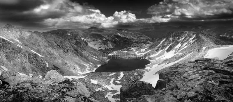 Hög alpin storm arkivbild