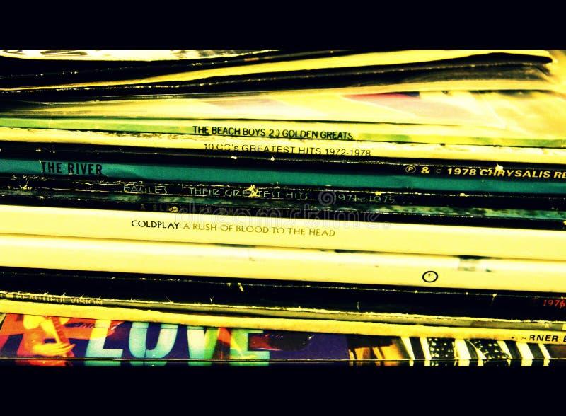 Hög av rekord- muffar för LP royaltyfri foto