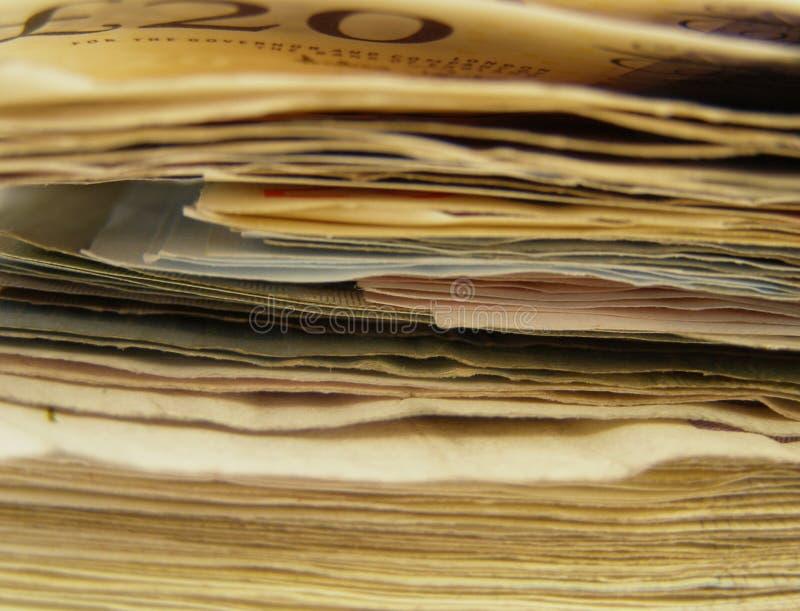 Hög av sedlar arkivbilder
