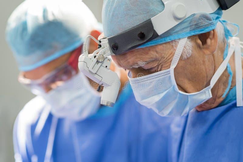 Hög kirurgfungerings arkivbilder