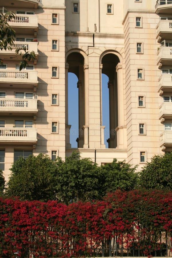hög lyxig stigning för lägenhetlivsmiljöer arkivbilder