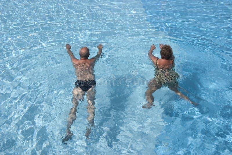 hög simning fotografering för bildbyråer