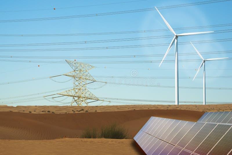Hög spänningskraftledning, vindturbiner och photovoltaic panel i öken arkivfoto