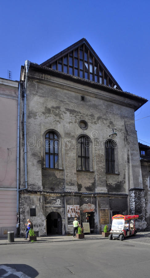 Hög synagoga royaltyfri foto