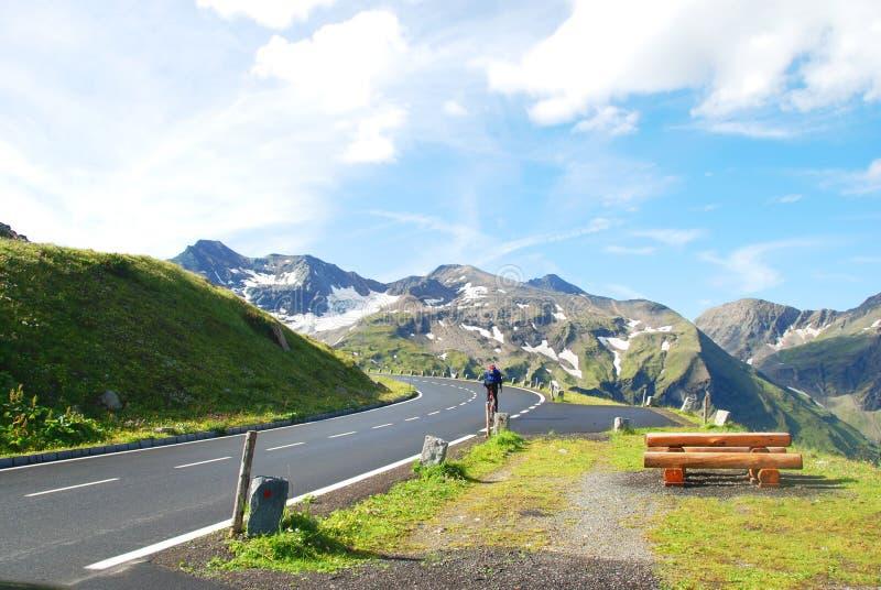 hög väg för alpin grossglockner arkivbild