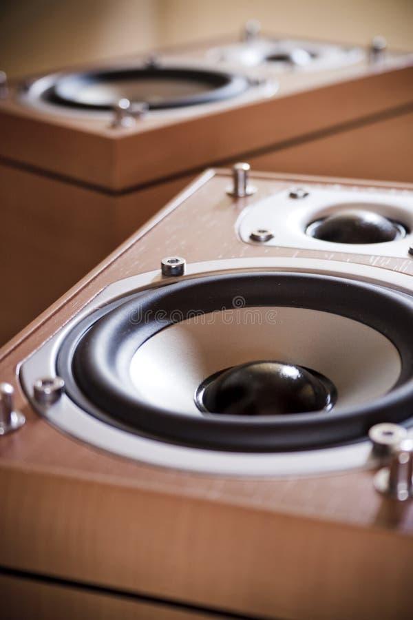 höga högtalare för fi arkivfoton
