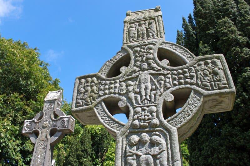 Download Höga muiredachs för kors fotografering för bildbyråer. Bild av kristendomen - 19781033