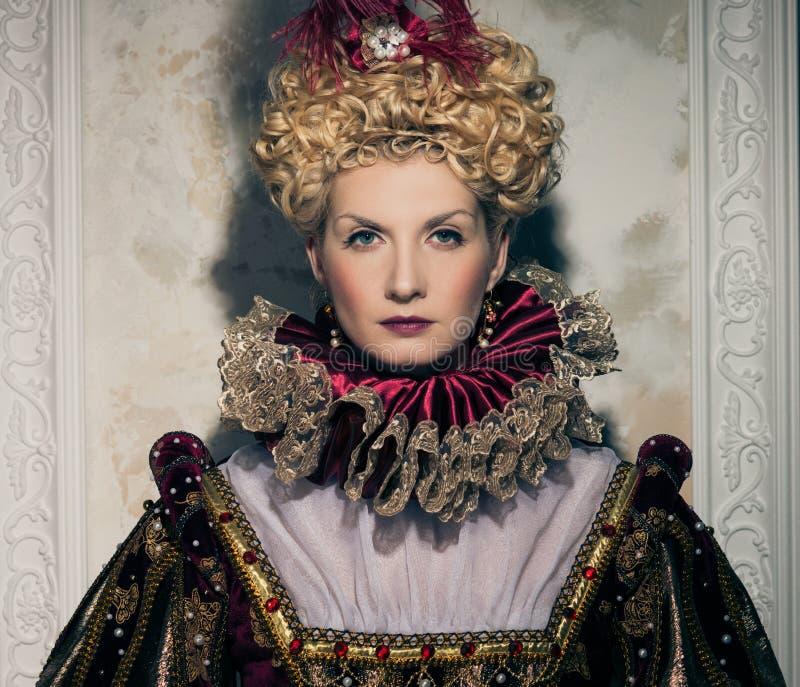 Högdragen drottning royaltyfria foton