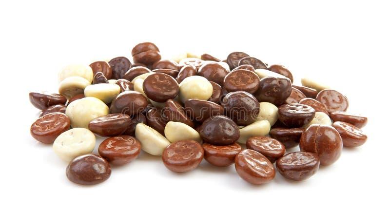 Högen av choklad pepernoten den typiska holländska godisen för Sinterklaa fotografering för bildbyråer