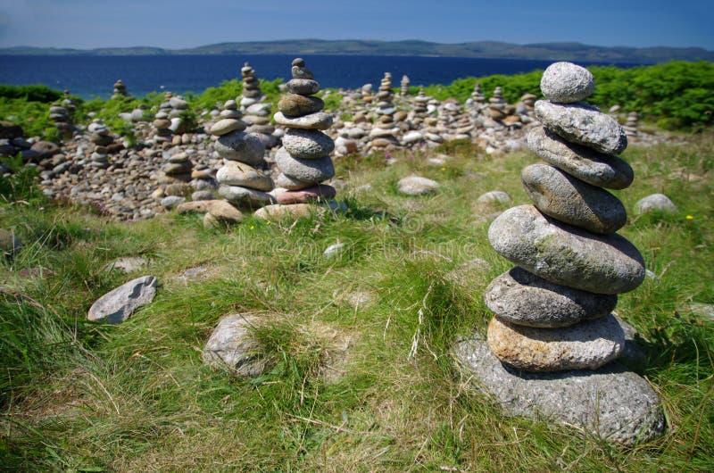 Högen av vaggar på ön av Arran (Skottland) arkivbilder