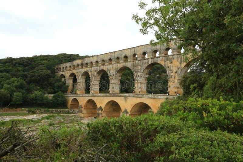 Högst romersk akvedukt Pont du Gard - Frankrike royaltyfria bilder
