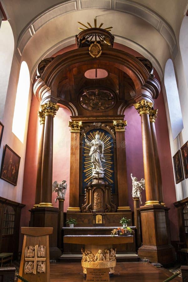 Högt altare av kyrkan av den obefläckade befruktningen i Eupen, Belgien arkivbild
