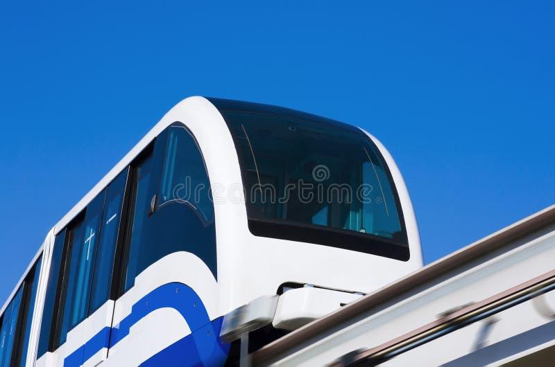 högt monorailhastighetsdrev fotografering för bildbyråer