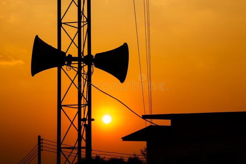 Download Högtalare och solnedgång arkivfoto. Bild av presentatör - 37347756