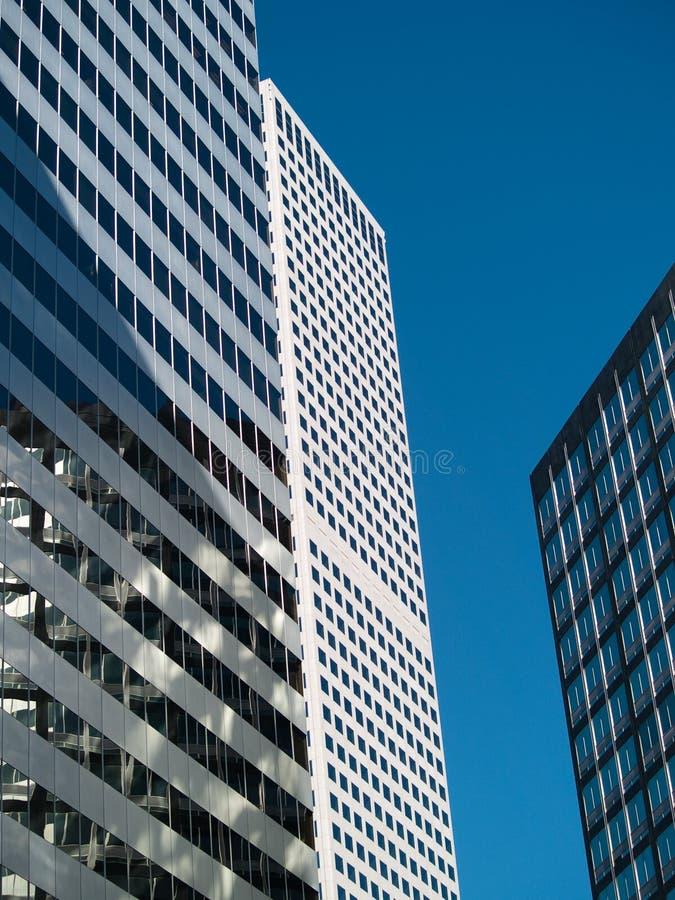 högväxt byggnader royaltyfria foton