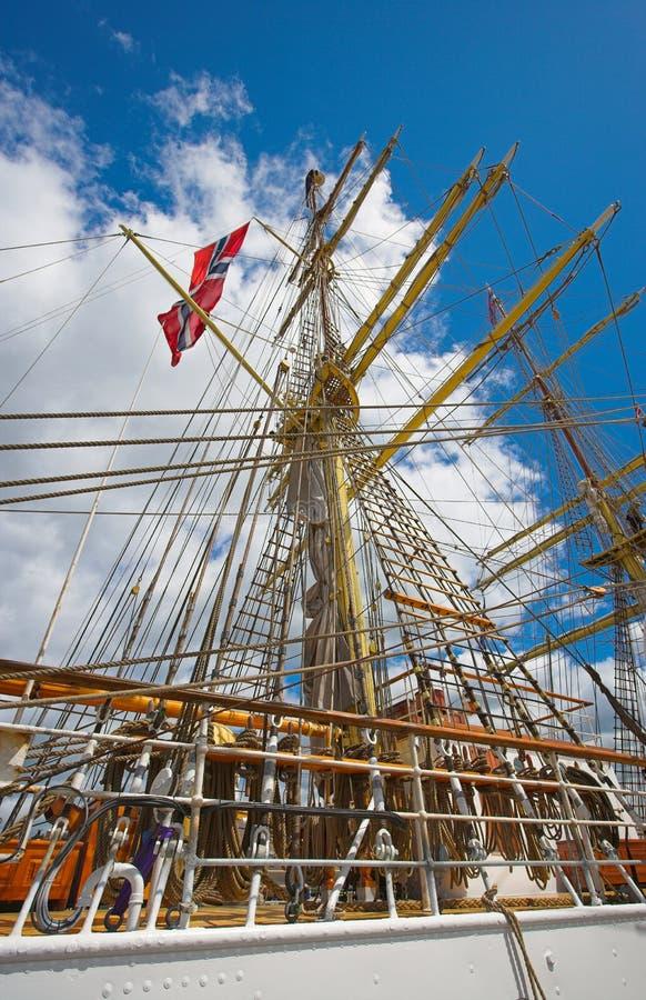 högväxt gammal segling för fartyg royaltyfria foton