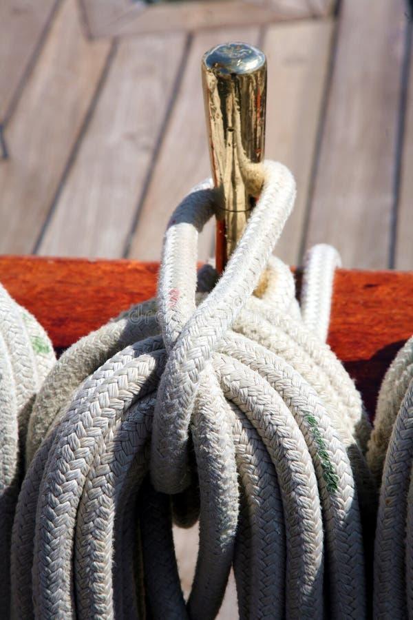 högväxt rigging ship arkivfoton
