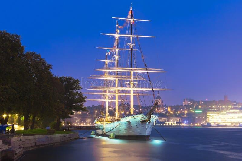Högväxt ship '' AF-gårdfarihandlare '' i Stockholm, Sverige arkivbilder