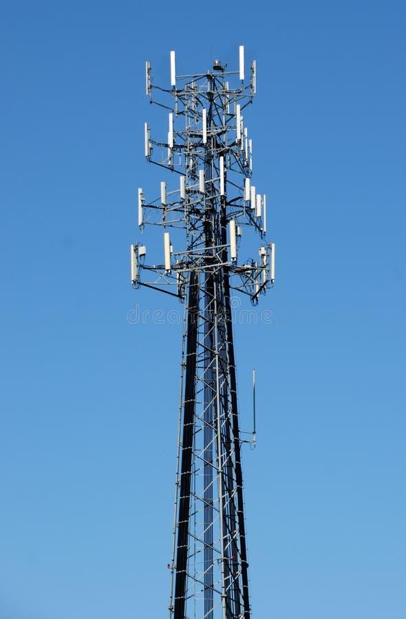 högväxt torn för cell royaltyfria foton