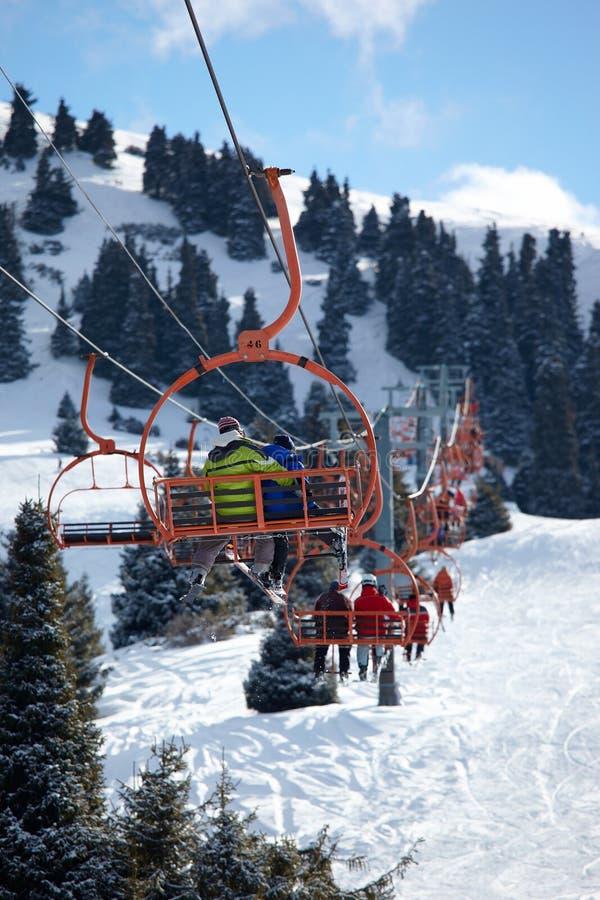 Höhenruder auf Skiort lizenzfreies stockbild