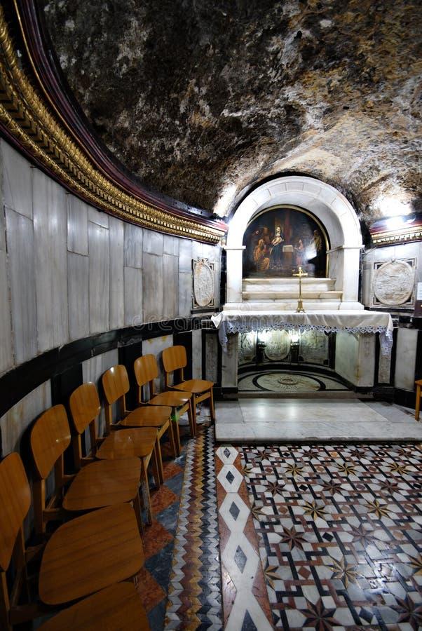 Höhle in der Kirche von Johannes der Baptist lizenzfreie stockfotos