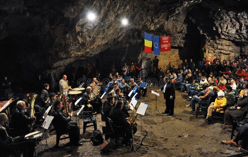 Höhlekonzert stockfotografie