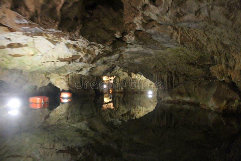 , Höhlen von Diros, Griechenland lizenzfreie stockfotos