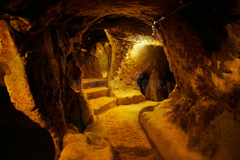 Höhlestadt, Derinkuyu, die Türkei stockbild