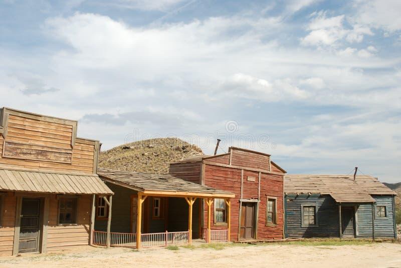 Hölzerne Gebäude in einer amerikanischen Stadt stockfoto