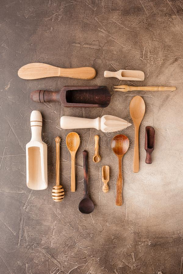 Hölzerne Küchegeräte stockfoto