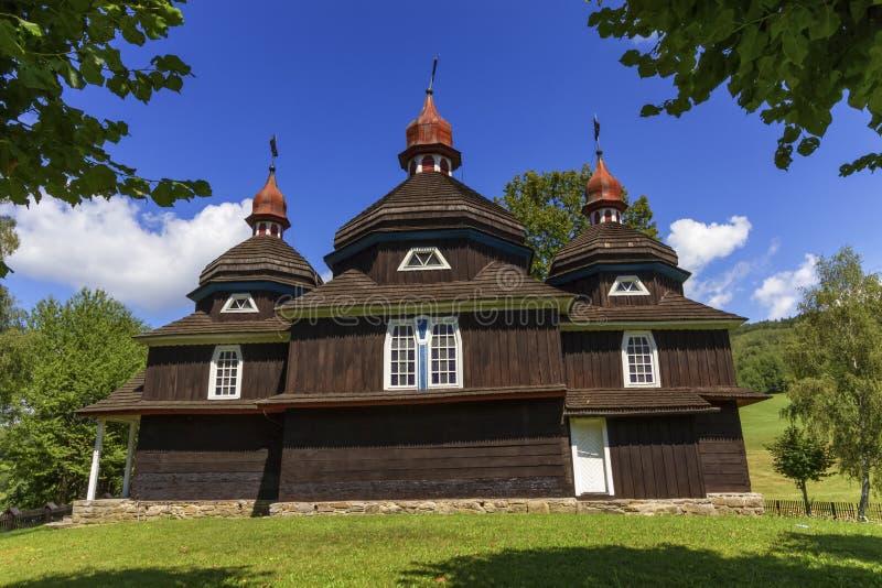 Hölzerne Kirche des griechischen Katholischen, UNESCO, Nizny Komarnik, Slowakei lizenzfreies stockbild