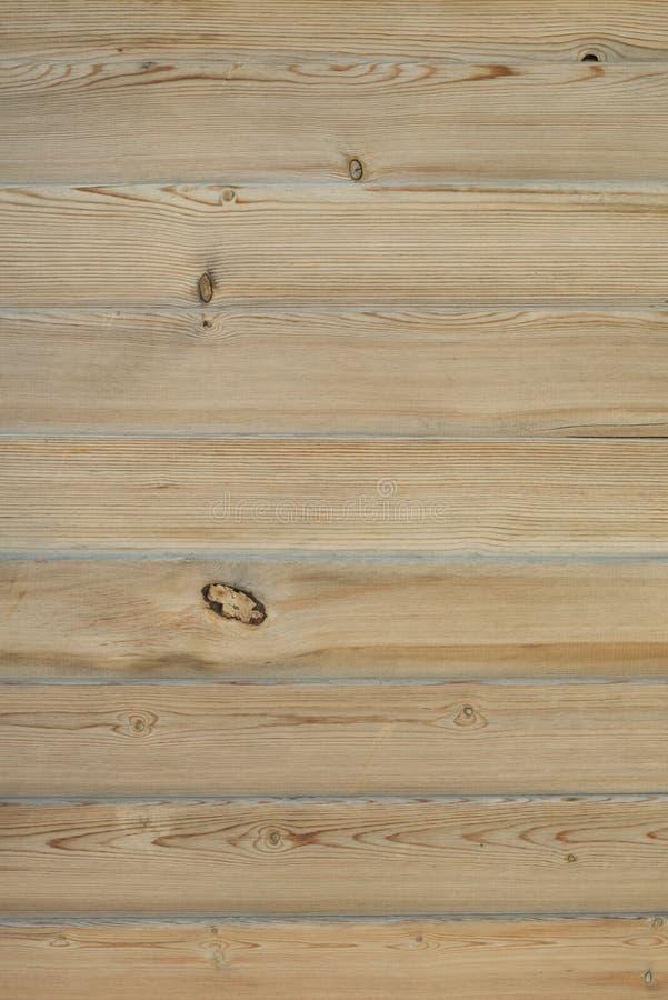 Hölzerne Planken Gebrannter hölzerner Bauholzbeschaffenheitshintergrund Unbemalte unfertige Kiefernmöbeloberfläche stockfotografie