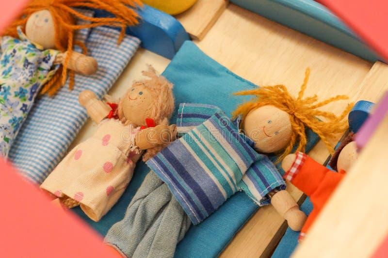 Hölzerne Puppenspielwaren stockbild