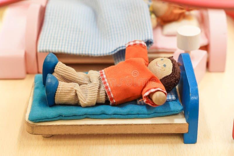 Hölzerne Puppenspielwaren stockbilder