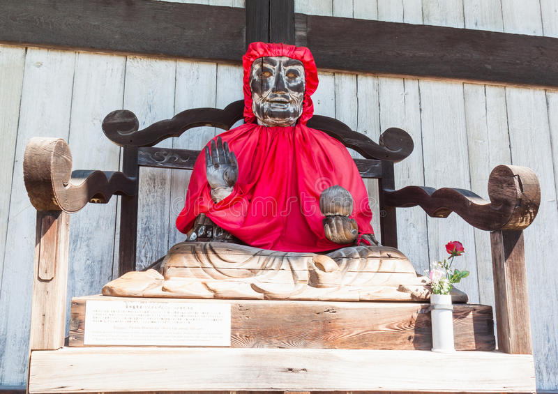 Hölzerne Statue Binzuru Pindola in Todai-jitempel, Nara, Japan stockbilder
