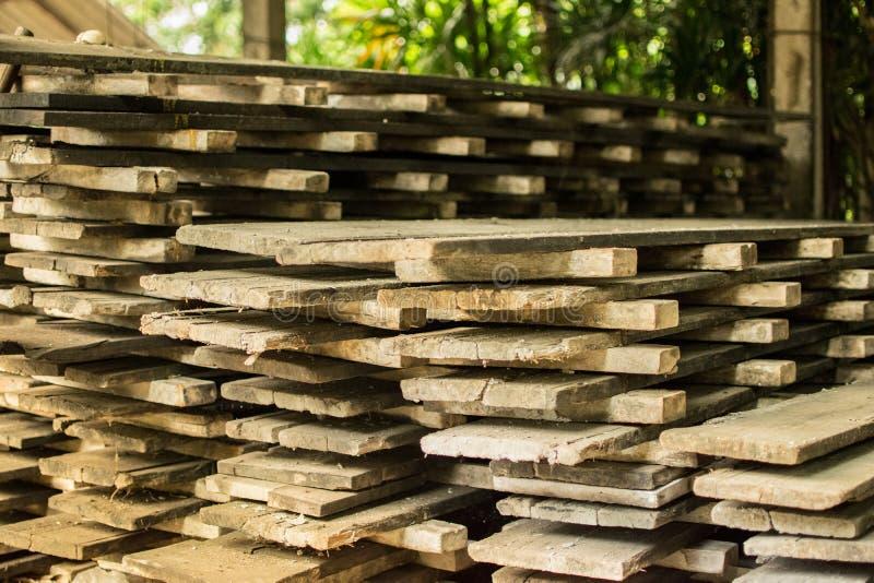 Hölzerne Struktur für Wohnungsbau das alte Holz lizenzfreies stockbild