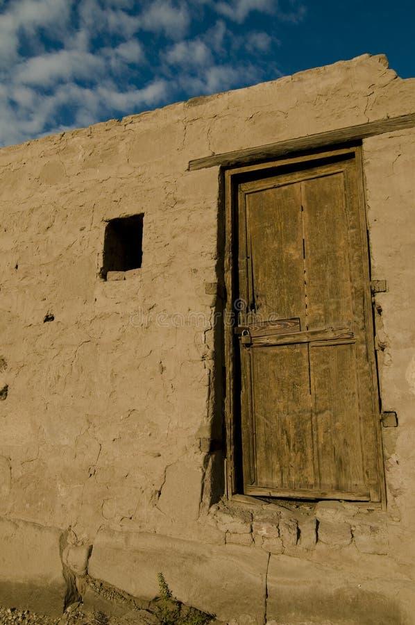 Hölzerne Tür am Karnak Tempel, Ägypten stockfotos