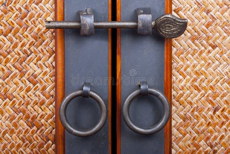 Hölzerne Türen stockbild