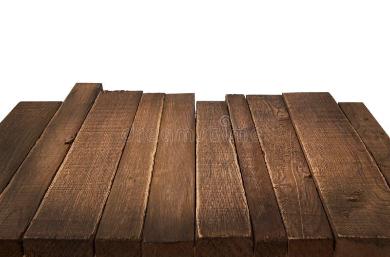 Hölzerne Tabelle in der Perspektive auf weißem Hintergrund stockbild