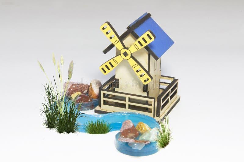 Hölzerne Wassermühle stockbilder