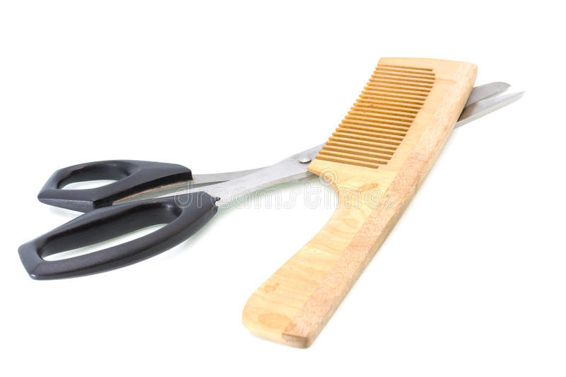 Hölzerner Hairbrush und Scheren stockfotografie