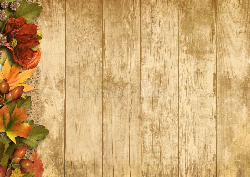 Hölzerner Hintergrund der Weinlese mit Herbstdekorationen lizenzfreies stockfoto
