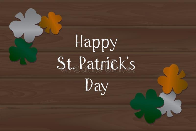 Hölzerner Hintergrund und Klee an St Patrick Tag lizenzfreies stockfoto