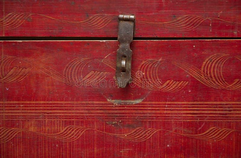 Hölzerner Kasten der alten Weinlese stockbilder