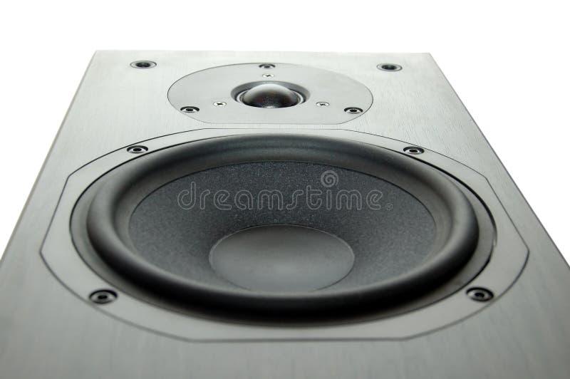 Hölzerner Lautsprecher mit weißem Hintergrund lizenzfreies stockbild