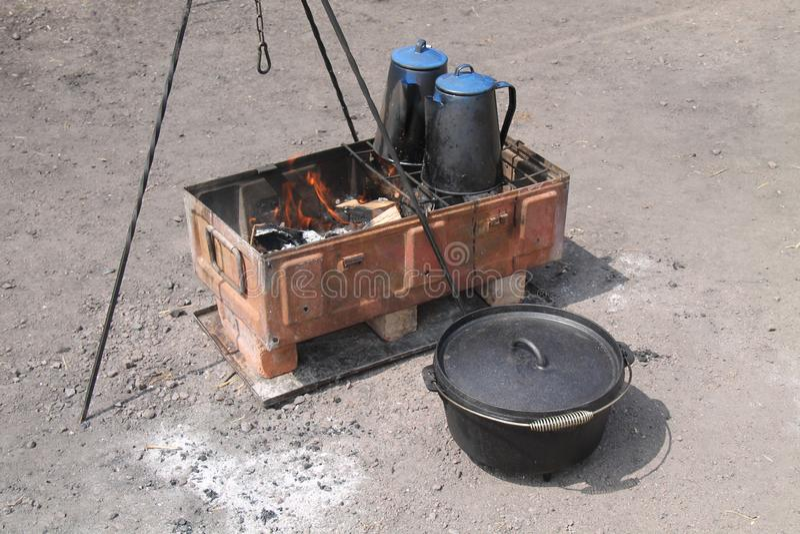 Hölzerner Ofen im Freien stockfoto
