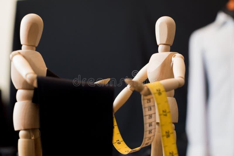 Hölzernes blindes Kleidungsgewebe lizenzfreie stockfotos