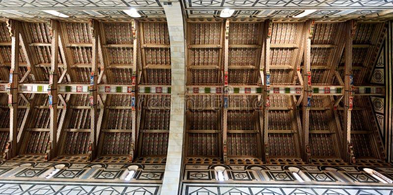 Hölzernes Dach San Miniato-Al Monte, Florenz, Firenze, Toscany, Italien stockfotos