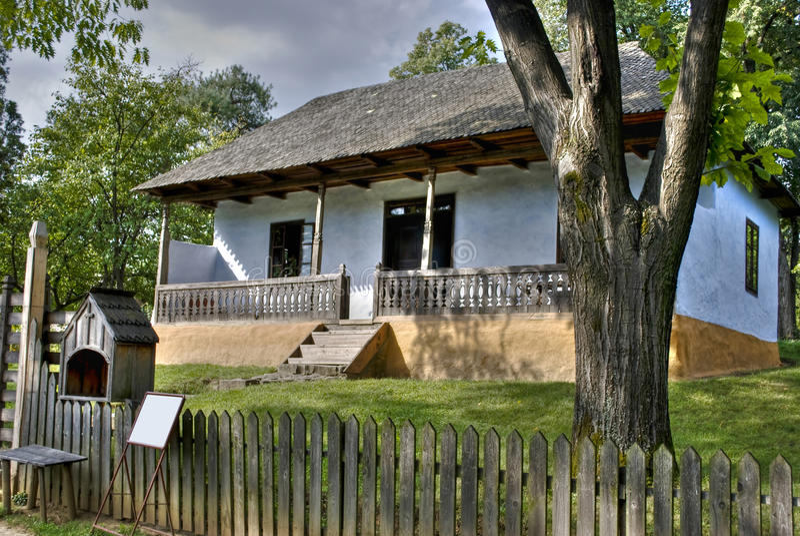 Hölzernes Haus stockfoto